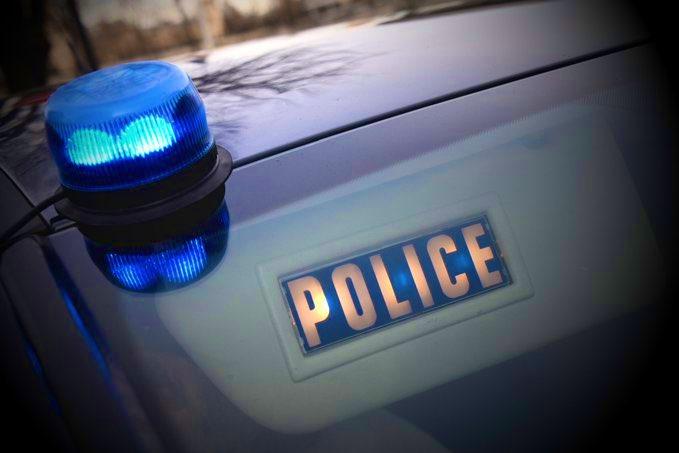 La Ciotat : menacé par le véhicule d'un fuyard après un refus d'obtempérer, un policier ouvre le feu